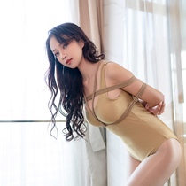 No.00781 Golden G #1 [27Pics] G-cup女神ゆみこさんの緊縛画像はいいよね、パンストに金色の水着も彼女に似合おうです。麻縄で縛られた滑らかな彼女をお楽しみください。