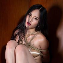 No.00891 Bikini & Pantyhose #2 [30Pics]  パンストに水着、それにビキニなんで、彼女は本当にそうゆうのが上手ですね。この緊縛画像をお楽しみ。